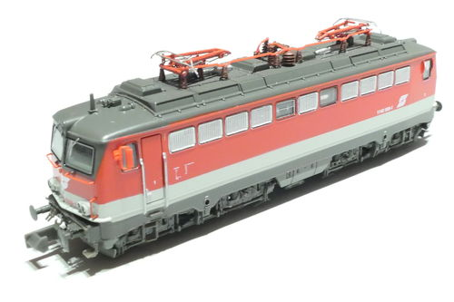 Jägerndorfer JC64070 ÖBB 1142 569-1 red/gray