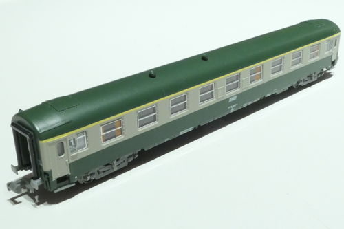 REE Models NW-147 SNCF 1st class passenger car