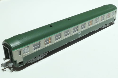 REE Models NW-146 SNCF 2nd class passenger car