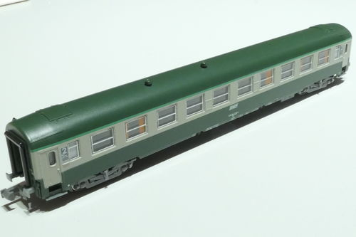 REE Models NW-145 SNCF 2nd class passenger car