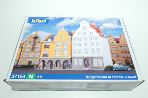 Kibri 37154 2x Townhouse Tournai Kit